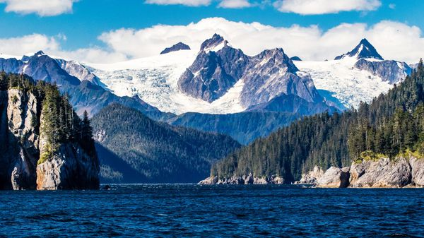 El parque nacional de los fiordos de Kenai se ubica en la costa sur de Alaska (iStock)