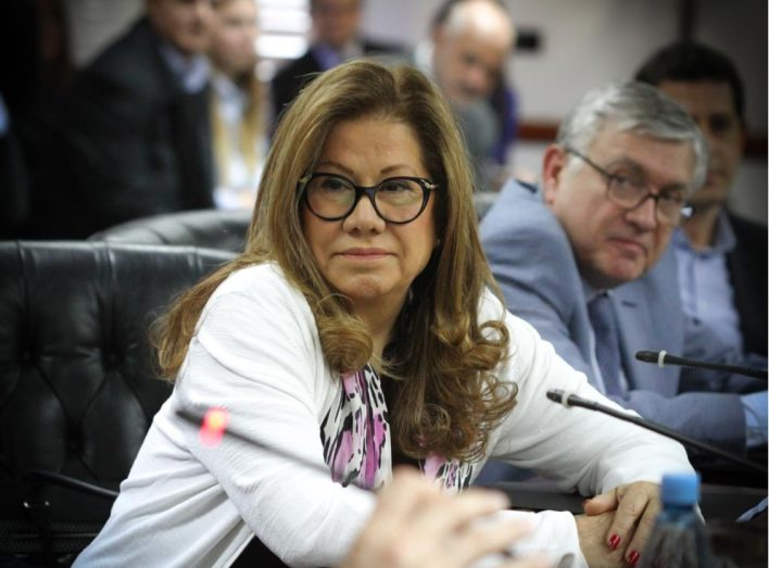 Graciela Camaño acompañará al oficialismo y su voto es clave (Consejo de la Magistratura)