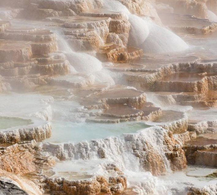 Las aguas termales de Yellowstone son tan calientes y tienen tal nivel de ácido que los cuerpos se desintegran en minutos (Foto: Instagram @GrandCanyonNPS)