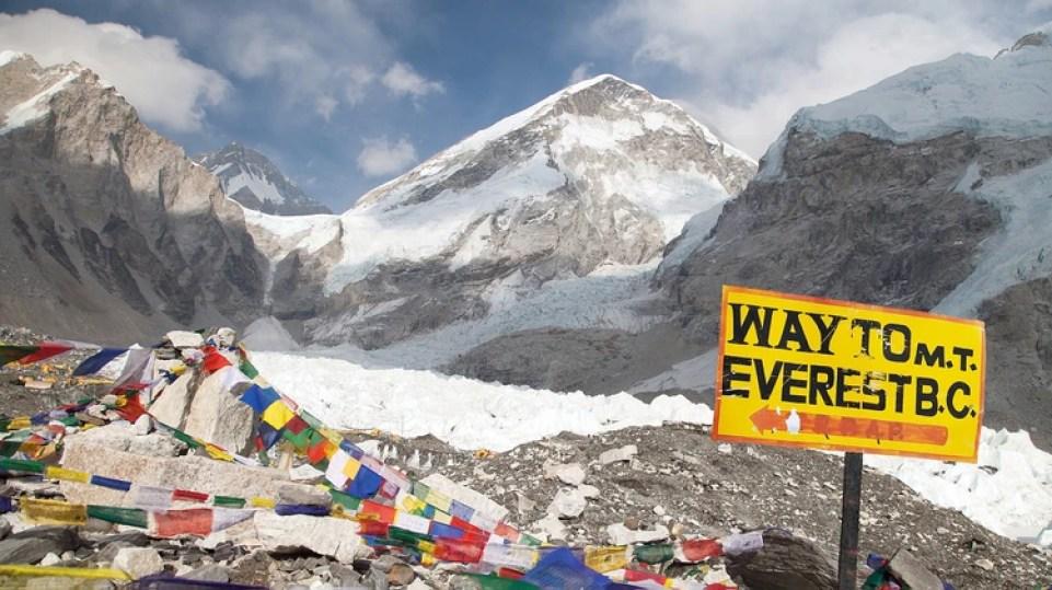 Cada vez más grupos organizan expediciones al Everest (Getty)