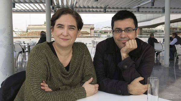 Ada Colau y Gerardo Pisarello (EFE)