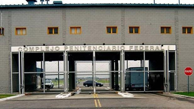 Ingreso a la cárcel federal de Ezeiza