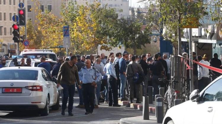 Fuerza de seguridad sobre la calle Jaffa (Haaretz/Judy Maltz)