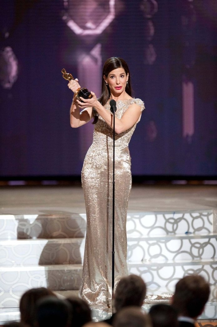 "Sandra Bullock accepts her award for best actress for her role in ""The Blind Side"" during the 82nd Academy Awards in Hollywood, March 7, 2010. REUTERS"