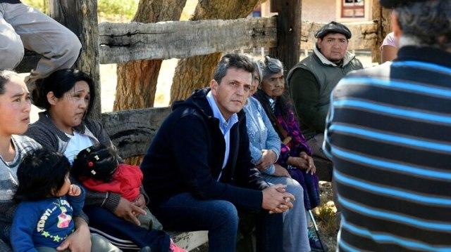 El ex diputado visitó una comunidad mapuche en Chubut