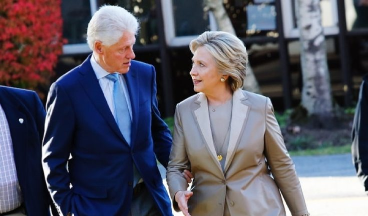Bill y Hillary Clinton (AFP)