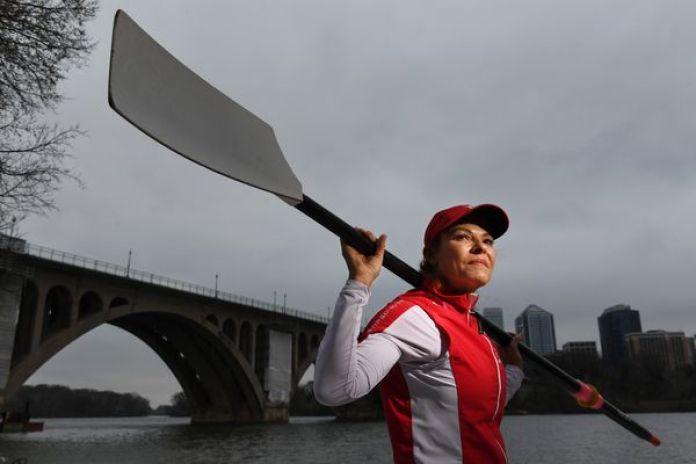Jayne Lytel, de 61 años, es miembro del Potomac Boat Club y se dedica al remo desde 2012 (The Washington Post photo / Matt McClain)
