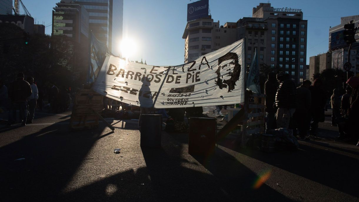 Los piqueteros prometen levantar el corte el viernes a las 10 de la mañana (fotos: Adrián Escandar)