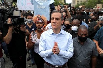 El alcalde de Los Ángeles, Eric Garcetti. Foto: REUTERS/Lucy Nicholson