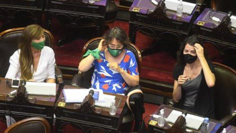 Cada legislador contará con cinco minutos para exponer su postura