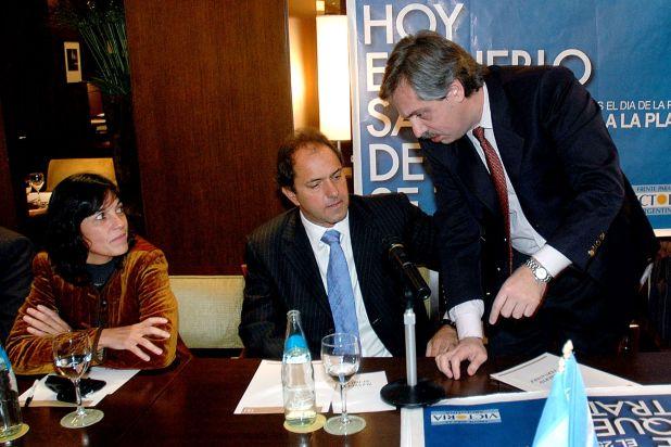 En 2007, Alberto Fernández se puso en pareja con Vilma Ibarra. Tras la separación, mantuvieron un vínculo de confianza. (NA)