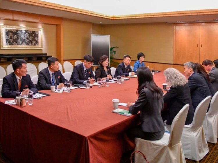 El último encuentro entre delegaciones antes de la cumbre del martes (Departamento de Estado de EEUUvia AP)