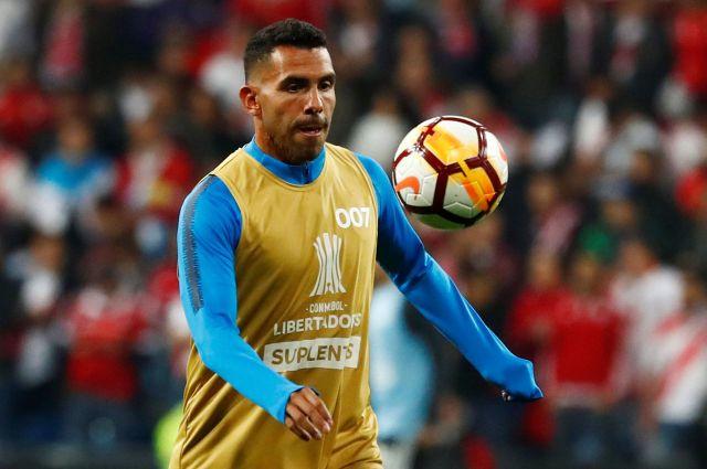 Tevez fue suplente en la final entre Boca y River en Madrid: entró faltando 10 minutos (REUTERS/Juan Medina)