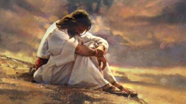 Antes de iniciar su vida pública, Jesús permaneció 40 días solo en el desierto, donde fue tentado varias por el demonio