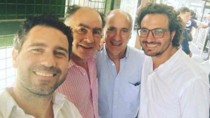 Dos generaciones del clan Cafiero: (de izq a der) Francisco, Mario, Juan Pablo y Santiago