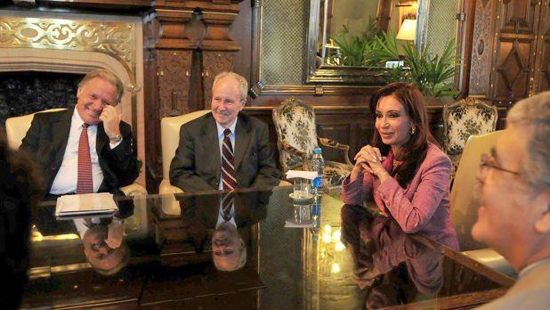 Aldo Roggio y Carlos Wagner junto a Cristina Kirchner y Julio de Vido