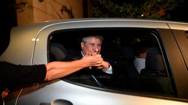 Boudou, anoche, al salir de su casa en Barracas (Manuel Cortina)