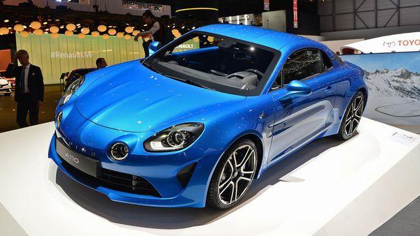 """Renault revivió al histórico """"Berlinette"""" y lo presentó bajo el nombre Alpine A110 en el Salón de Ginebra"""