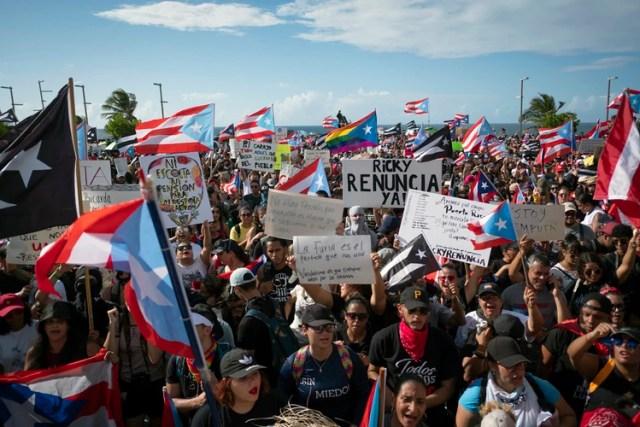 Las autoridades estimaron que al menos 10 mil personas participaron de la protesta (AFP)