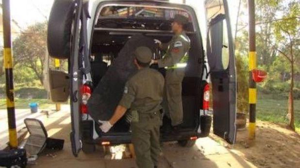 La capacidad del narco para modificar sus vehículos ha aumentado al grado de rebasar al ejército (Foto: Archivo)