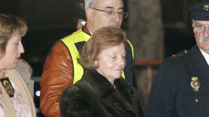 Isabel Perón es llevada a declarar ante la Audiencia española (AFP)