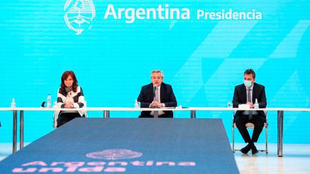 Cristina Kirchner, Alberto Fernandez y Sergio Massa - Anuncio resultado de canje de la deuda