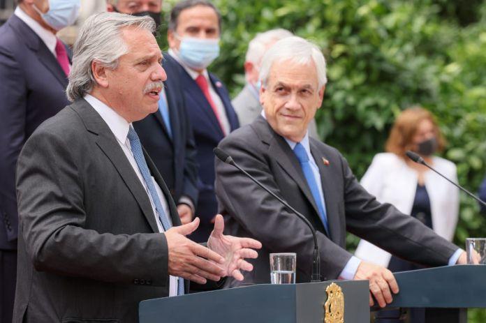 Alberto Fernández y Sebastían Piñera en Chile