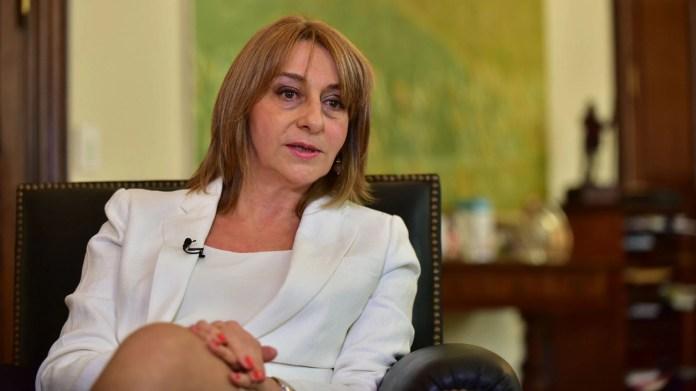 Alejandra Gils Carbó (Adrián Escándar)