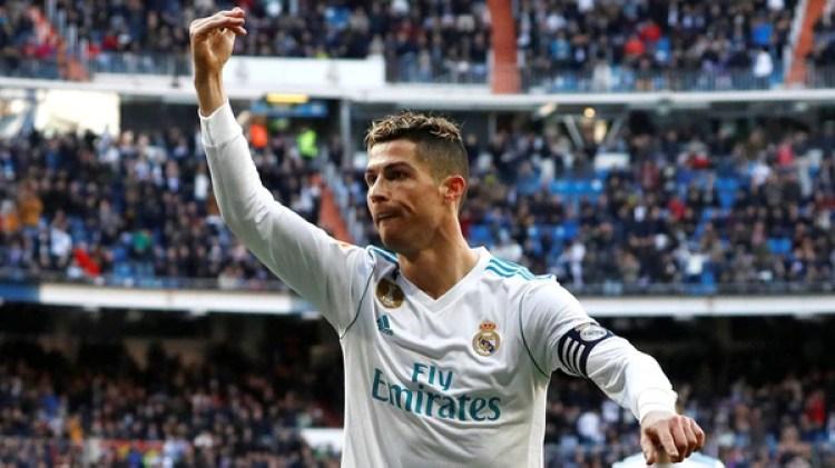Cristiano Ronaldo mantiene viva la ilusión delReal Madrid a fuerza de goles (Reuters)