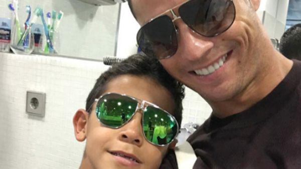 El luso publica fotos con su hijo en las redes sociales