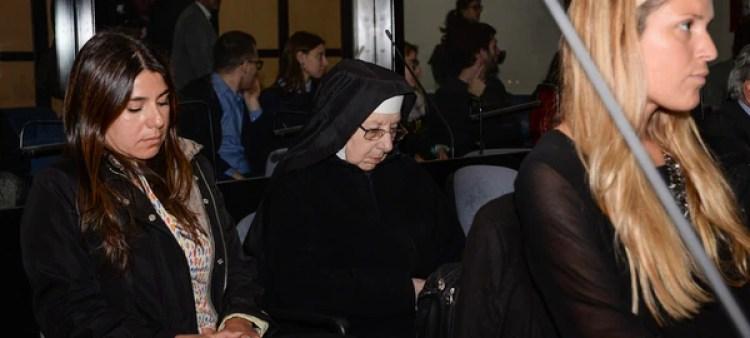 La monja Inés Aparicio (Julieta Ferrario)