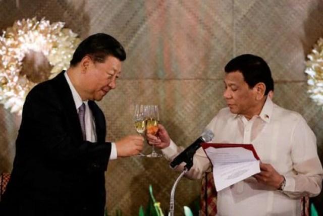 Xi Jinping y Rodrigo Duterte (Reuters)