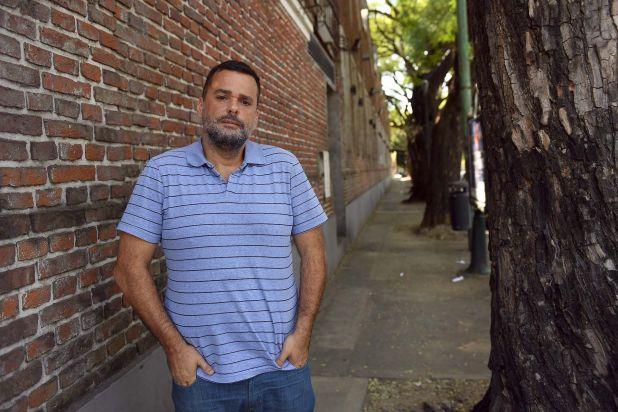 El líder del movimiento Barrios de Pie, es el titular de la subsecretaría de Promoción de la Economía Social del Ministerio de Desarrollo Social (Fotos: Maximiliano Luna)