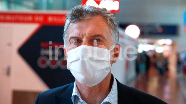 Llegada de Macri a Paris con marca de agua