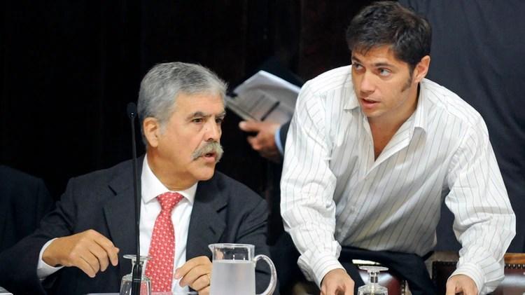 El ex ministro de planificacion, Julio De Vido, y el ex vice ministro de economía, Axel Kicillof en el plenario de comisiones del Senado cuando se comenzó a analizar la expropiación de YPF (NA)