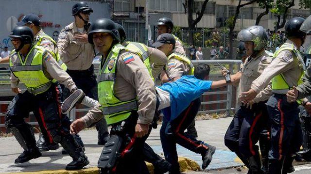 Miles de venezolanos fueron detenidos por el régimen chavista en apenas un mes de marchas