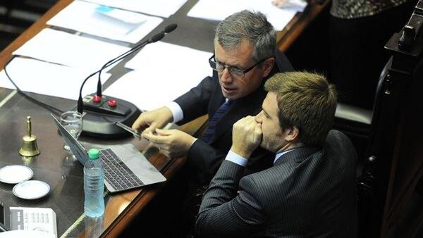 Nicolás Massot junto al presidente de la Cámara de Diputados, Emilio Monzó (Telam)