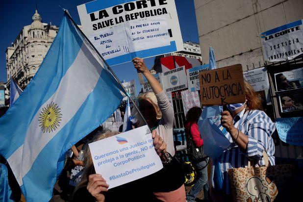 Marcha - Banderazo contra el gobierno - 12 de octubre - Obelisco