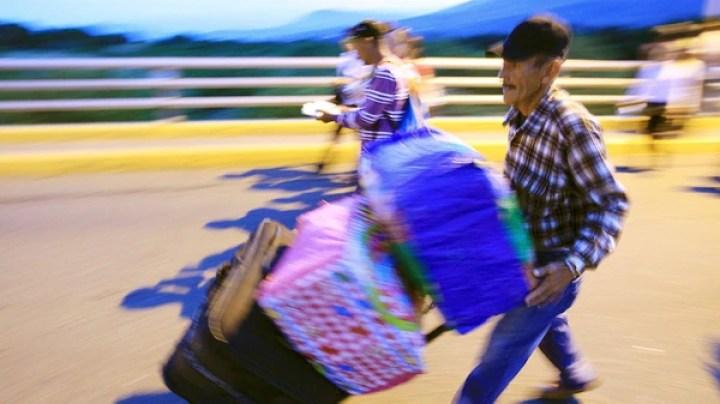 De acuerdo a Migración Colombia, en el país ya se encuentran residiendo más de 1.000.000 de venezolanos. (EFE)