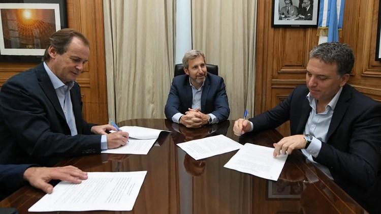 Frigerio, Dujovne y Bordet, los ministros y el gobernador tienen buena relación política