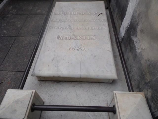 La tumba de Remedios de Escalada, en el cementerio de La Recoleta.
