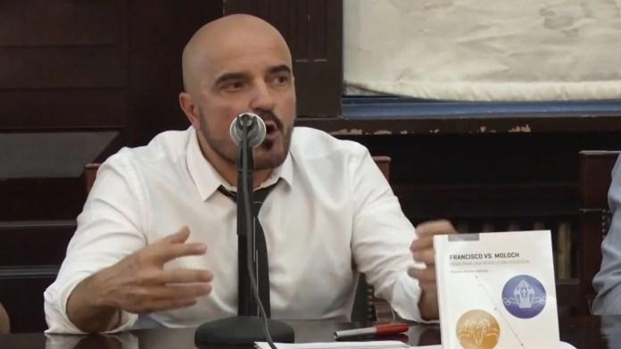 Gallardo citó este martes a los ministros Fernán Quirós y Soledad Acuña para que den detalles de los protocolos sanitarios que permitirán el regreso a clases