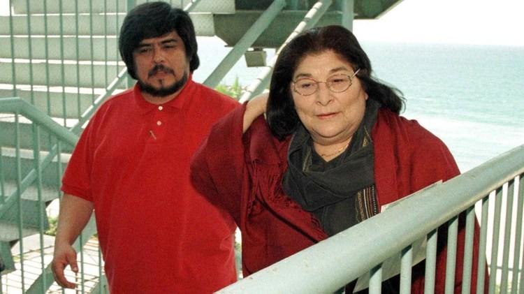 """""""Siempre fue un símbolo de libertad"""", dijo Fabián sobre su madre (Grosby)"""