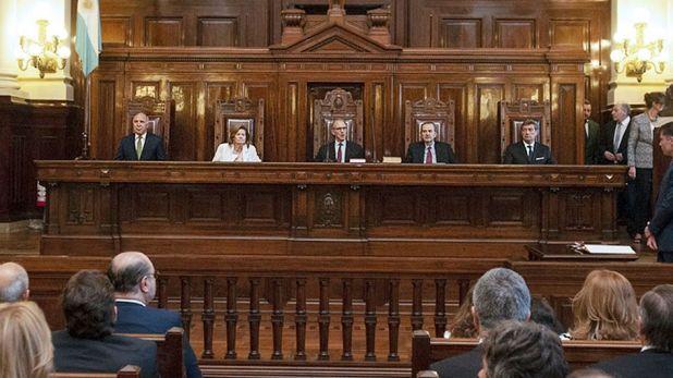 Los cinco jueces de la Corte Suprema (NA)