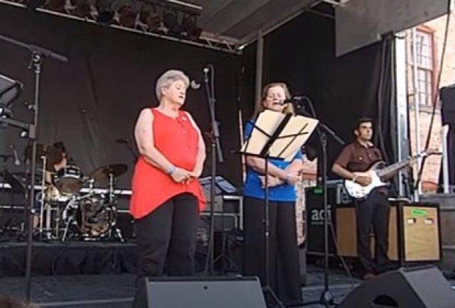 Betty y Dot en el Solid Sound Festival, invitadas por Jeff Tweedy