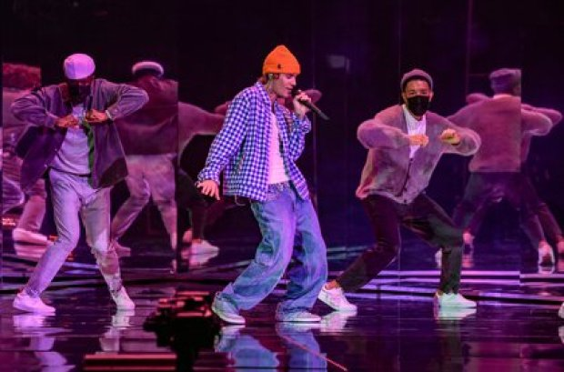 Justin Bieber hizo un show en los American Music Awards (Crédito: American Broadcasting Companies, Inc. / ABC / AFP)