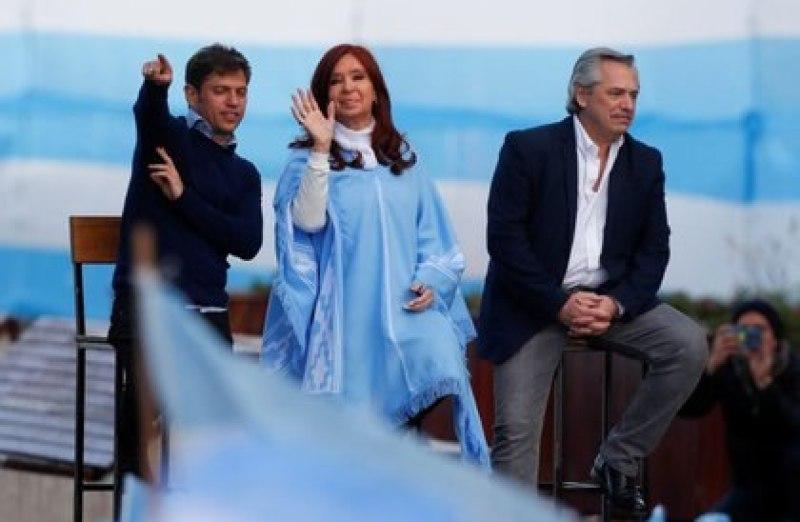 Axel Kicillof, Cristina Kirchner y Alberto Fernández (REUTERS/Agustin Marcarian)