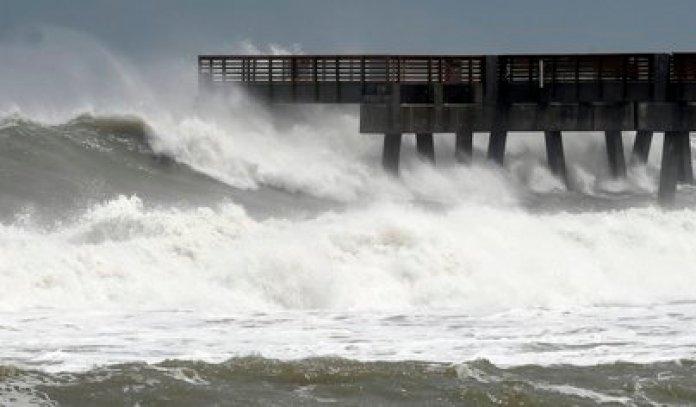 Se espera fuerte oleaje en Yucatán y Quintana Roo
