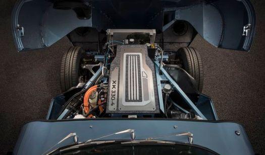 La marca podrá ofrecer la instalación del bloque eléctrico en autos clásicos de combustión convencional