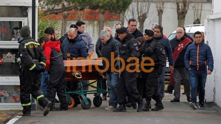 El empresario trasladó el féretro con los restos de doña Floriana Rodríguez